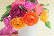 Фото 35 Цветы из гофрированной бумаги своими руками: лучшие мастер-классы и советы по декору