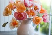 Фото 37 Цветы из гофрированной бумаги своими руками: лучшие мастер-классы и советы по декору