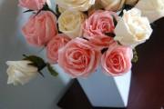 Фото 38 Цветы из гофрированной бумаги своими руками: лучшие мастер-классы и советы по декору
