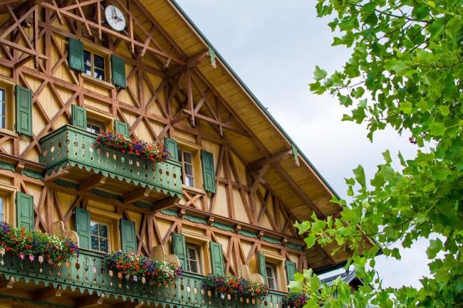 Фахверковый фасад с рисунком «андреевский крест»