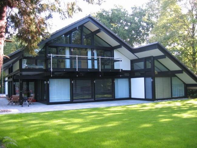 Фахверковый стеклянный дом