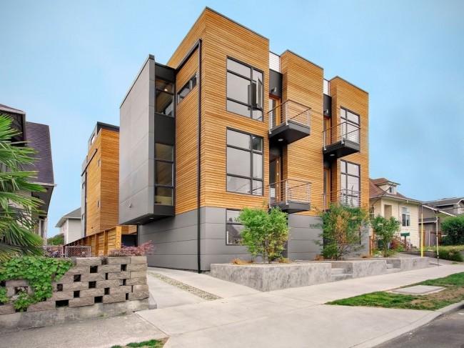 Полная отделка фасада деревянным сайдингом