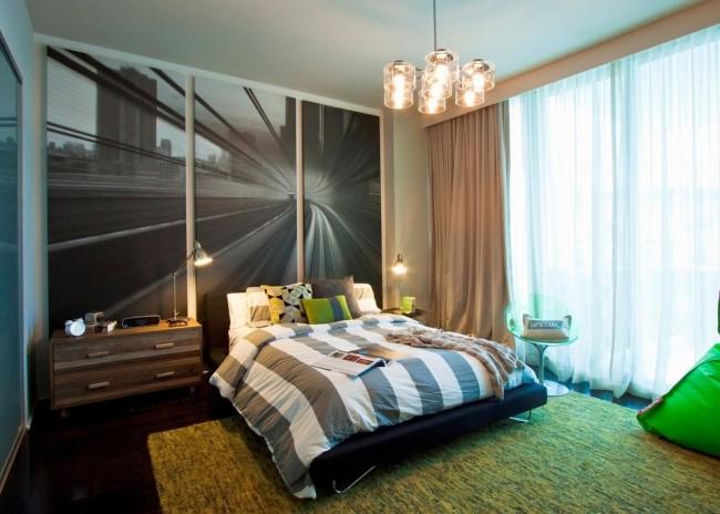 Динамичная модульная картина с изображением скоростной дороги в спальне