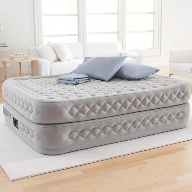 В сложенном состоянии надувная кровать занимает очень мало места