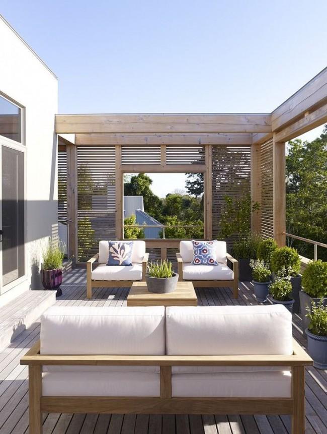Мягкая, удобная мебель - очень важный элемент патио