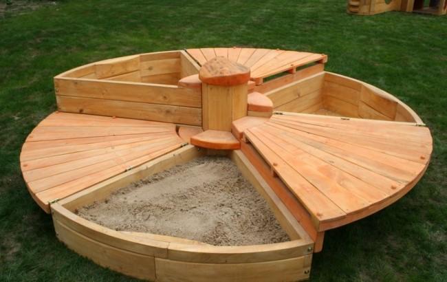 Круглая, вращающаяся песочница- трансформер