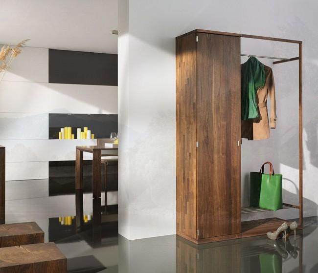 Стильный и компактный шкаф в коридор