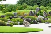 Фото 1 Рокарий (48 фото): растительно-каменный тандем на плоской поверхности