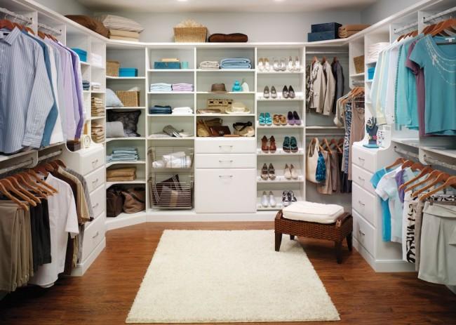 Классическая гардеробная комната