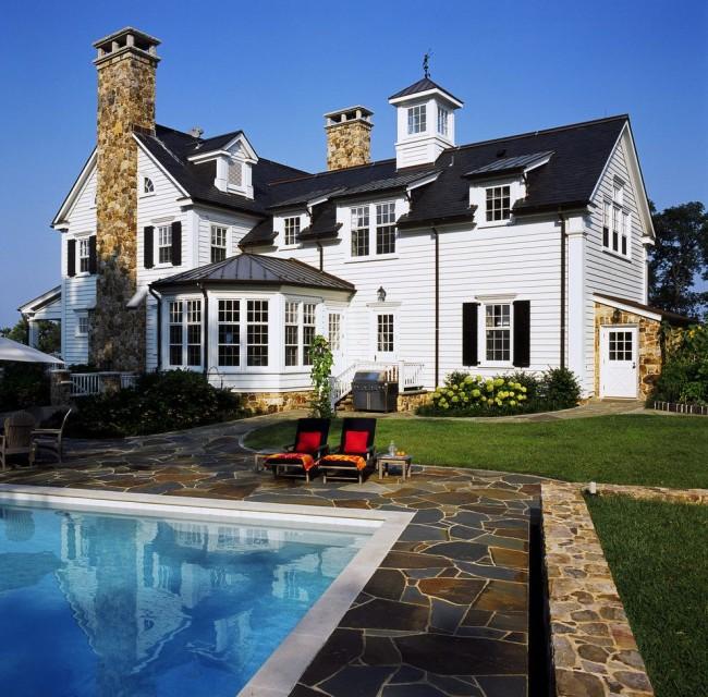 Крыша должна не только защищать от атмосферных осадков, но и иметь привлекательный внешний вид