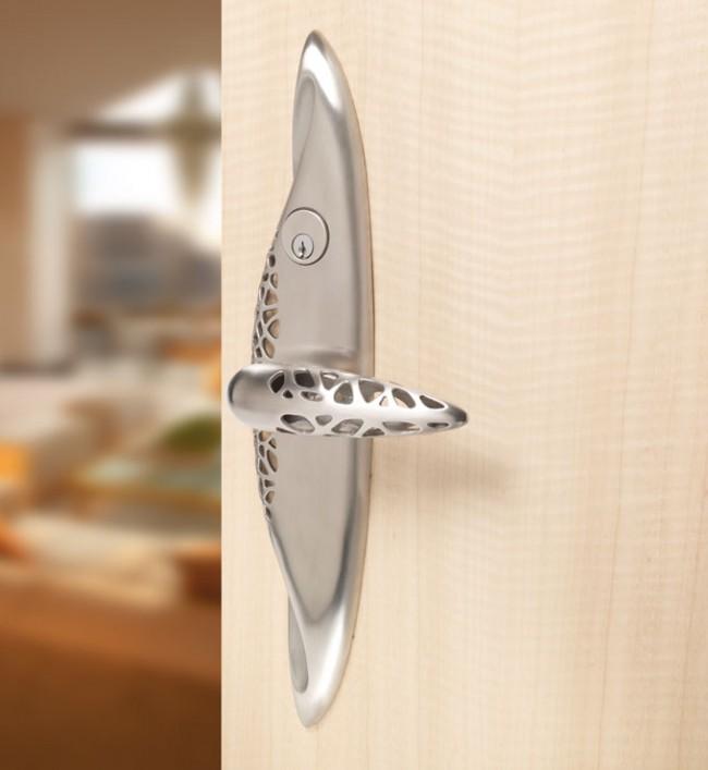 Дверные ручки для межкомнатных дверей. Наиболее популярный вид дверных ручек для межкомнатных дверей - рычажные на планках