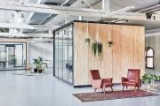 Фото 2 В Амстердаме построили офисы для компании Fairphone в здании старого склада с использованием вторичных материалов
