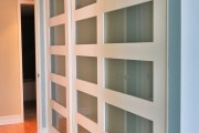 Фото 8 Раздвижные двери для гардеробной (43 фото): плюсы, минусы, виды конструкций