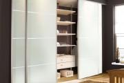 Фото 17 Раздвижные двери для гардеробной (43 фото): плюсы, минусы, виды конструкций