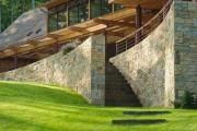 Фото 3 Комбинированные дома из камня и дерева (51 фото): проекты, преимущества, особенности строительства