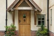 Фото 17 Как сделать козырек над крыльцом (61 фото): создаем красивый вход в дом