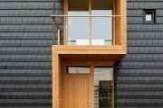 Фото 1 Как сделать козырек над крыльцом (61 фото): создаем красивый вход в дом