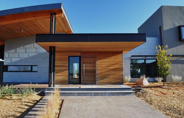 Как сделать козырек над крыльцом (61 фото): создаем красивый вход в дом изоражения