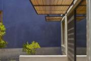 Фото 3 Как сделать козырек над крыльцом (61 фото): создаем красивый вход в дом