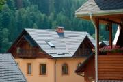 Фото 13 Крыша из металлочерепицы (56 фото): надежность, эстетичность и простота монтажа