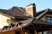 Фото 12 Крыша из металлочерепицы (56 фото): надежность, эстетичность и простота монтажа