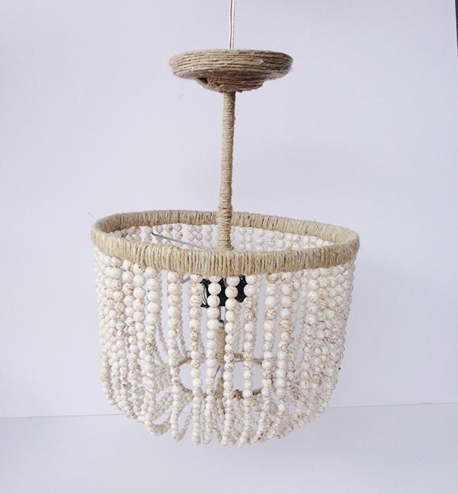 Декор в стиле рустик с использованием бусин и бечевки