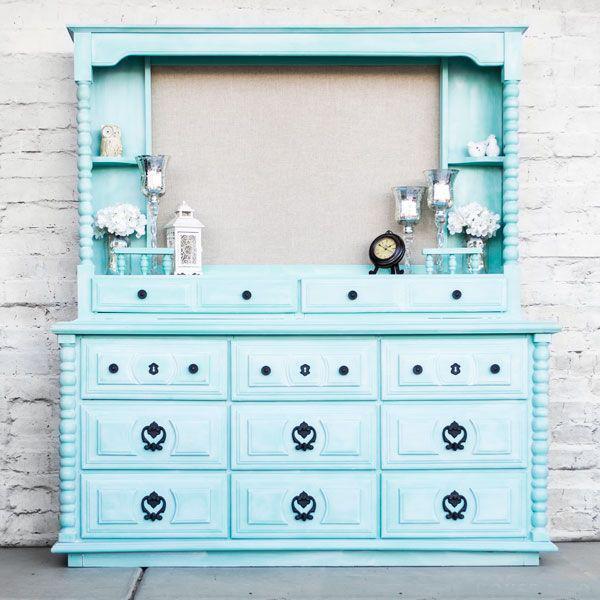 Из старой мебели можно сделать настоящие шедевры