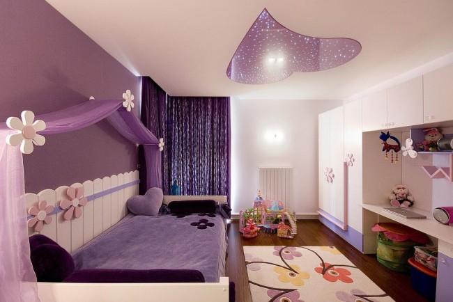Нежная спальня для девочки в фиолетово-кремовых тонах