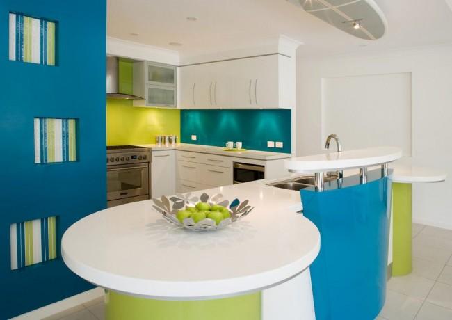 Сочные цвета на кухне стимулируют аппетит и, по словам, ученых положительно влияют на пищеварение