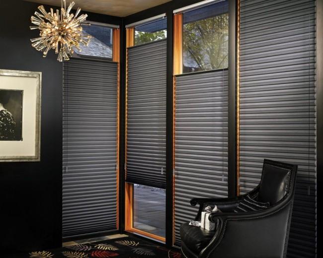 Горизонтальные шторы-плиссе черного цвета