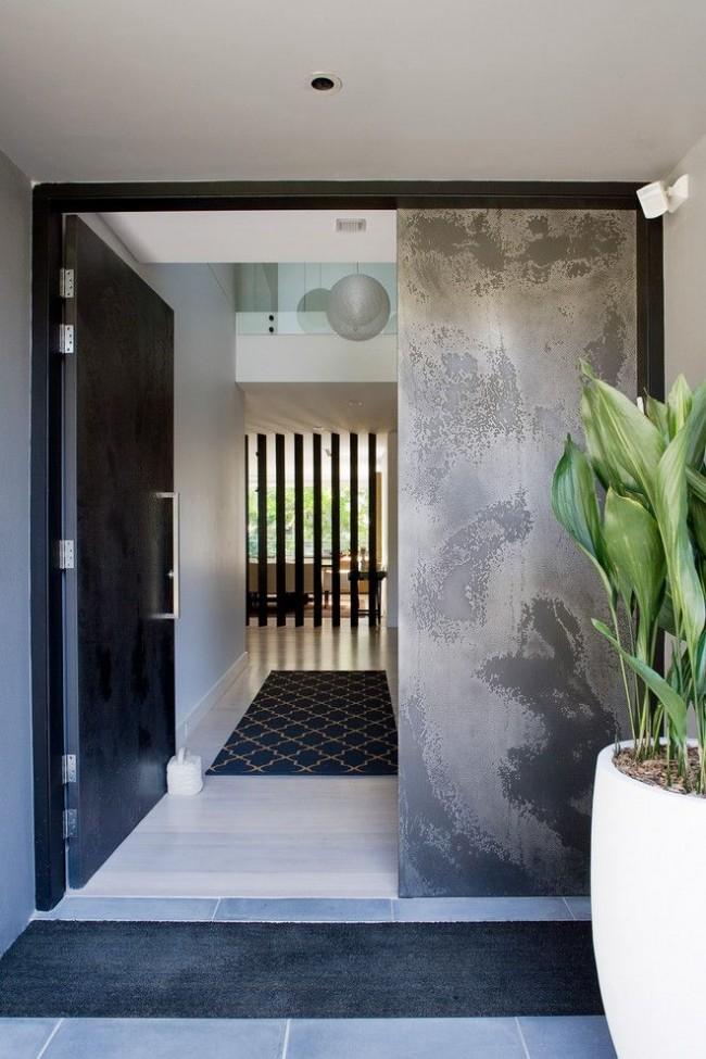 Лучшие входные двери в частный дом. Стальная дверь с усиленной системой петель