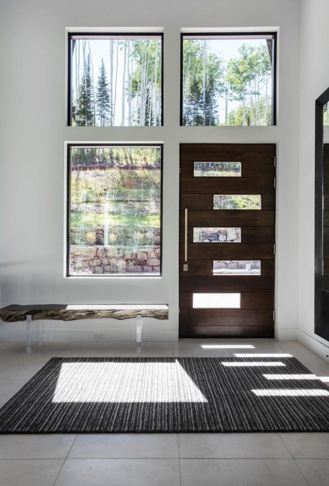 Стальная дверь должна быть приятной на ощупь, запах и звук