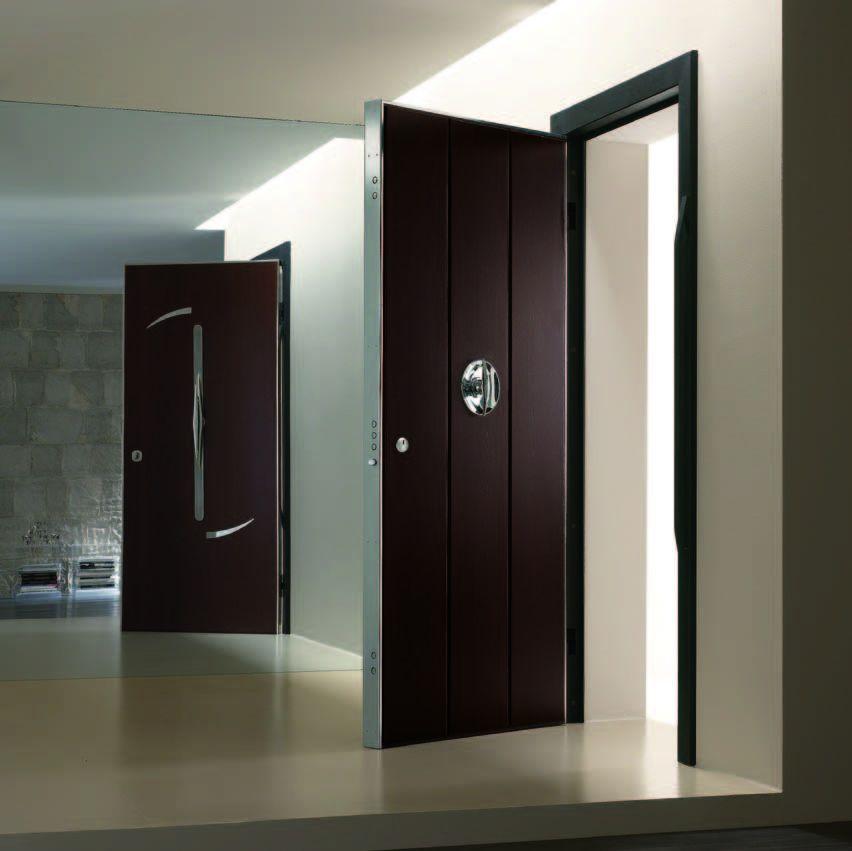 Дизайнерские итальянские металлические двери