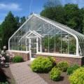 Теплицы из поликарбоната (47 фото): рациональное садово-дачное решение фото