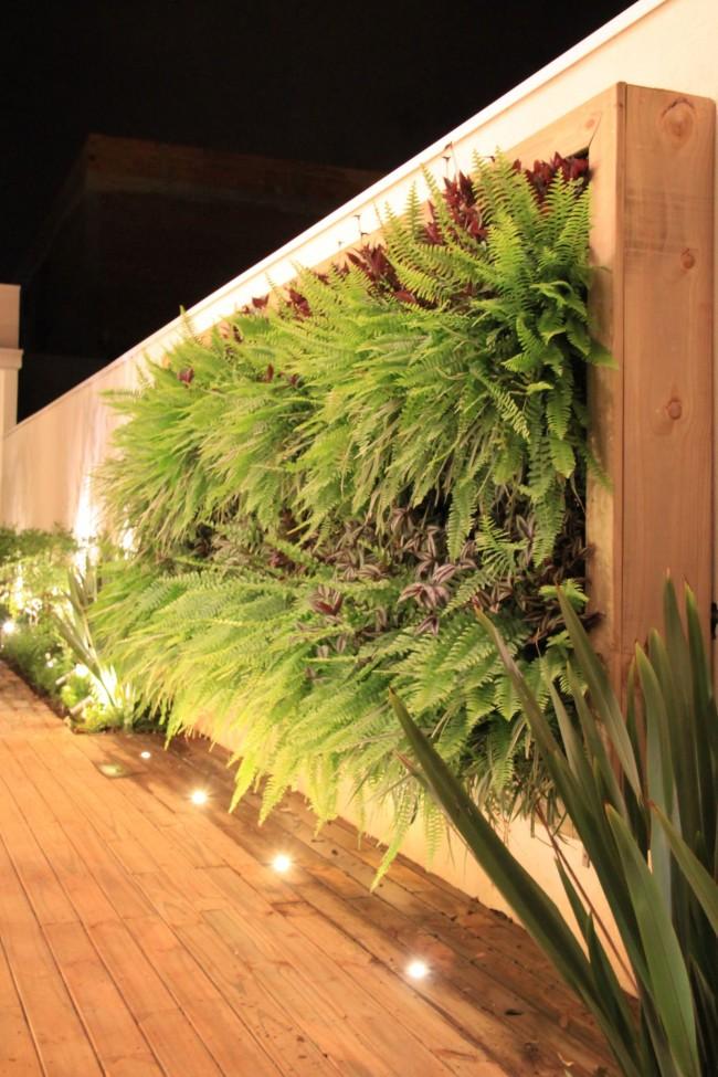 Деревянная подвесная рамка-контейнер для вертикального озеленения