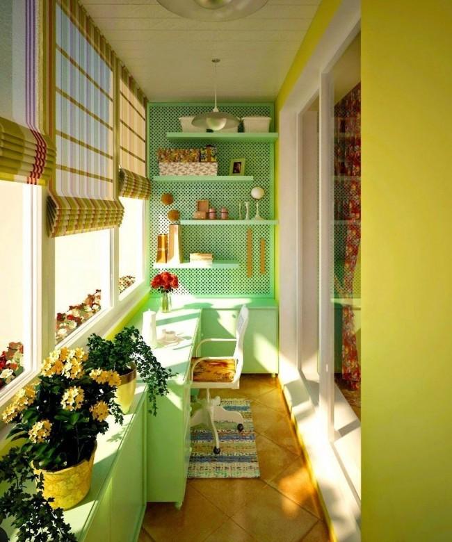 Балкон в желто-зеленых тонах