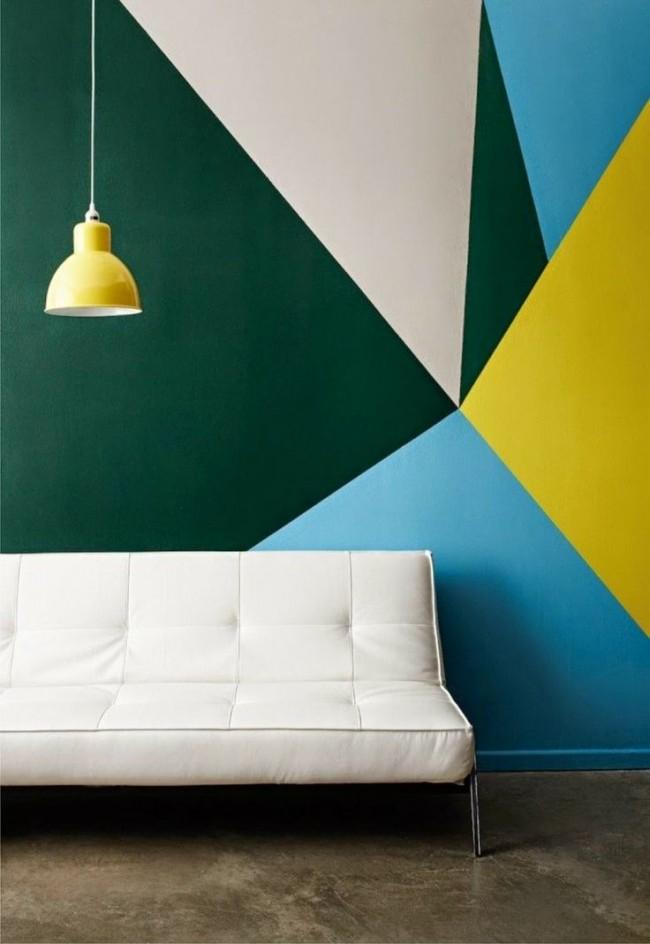 Геометрия цвета на стене