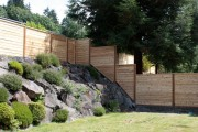 Фото 8 Деревянные заборы и ограждения для дома (50 фото): эффектная защита участка