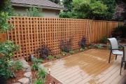 Фото 13 Деревянные заборы и ограждения для дома (50 фото): эффектная защита участка