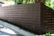 Фото 16 Деревянные заборы и ограждения для дома (50 фото): эффектная защита участка
