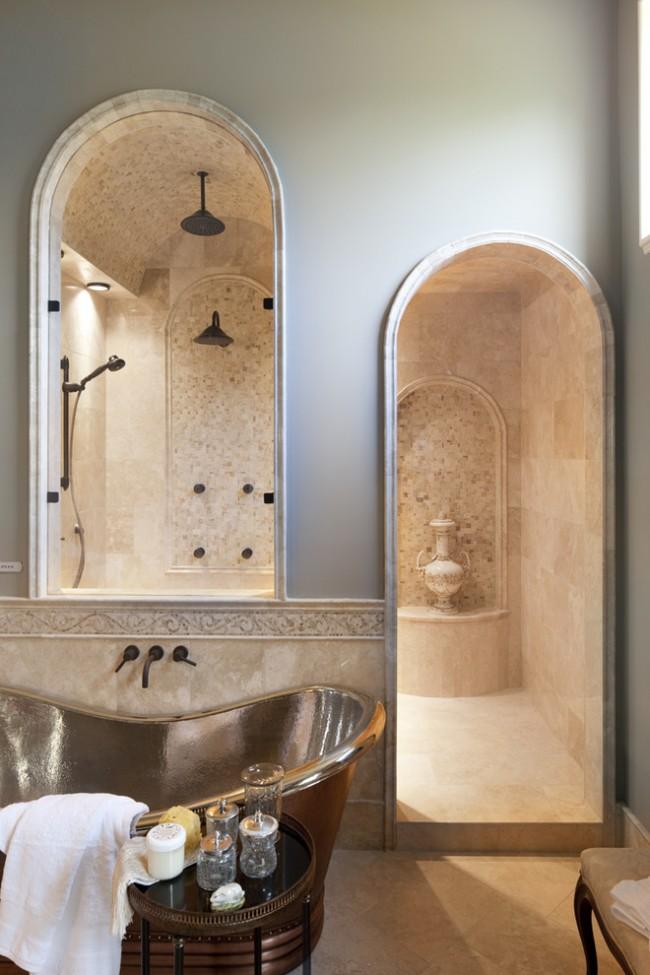 Душевые ограждения из стекла без поддона. Душевая перегородка, встроенная в арочное окно ванной в средиземноморском стиле