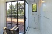 Фото 20 Душевые ограждения из стекла без поддона (55 фото): стиль и воздушность ванной комнаты