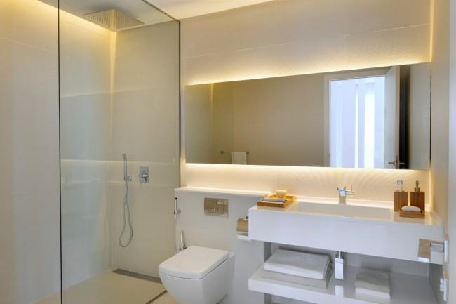 Гигиенический душ для унитаза со смесителем. Один из вариантов наименее заметной аккуратной установки гигиенического душа