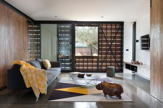 Ковры в интерьере гостиной. На сегодняшний день геометрия удерживает первое место по популярности среди мотивов рисунка ковров