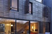 Фото 20 Ставни на окна (50 фото): элемент защиты и декоративного оформления загородных домов