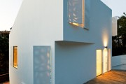 Фото 18 Ставни на окна (50 фото): элемент защиты и декоративного оформления загородных домов