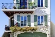 Фото 3 Ставни на окна (50 фото): элемент защиты и декоративного оформления загородных домов