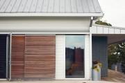 Фото 14 Ставни на окна (50 фото): элемент защиты и декоративного оформления загородных домов