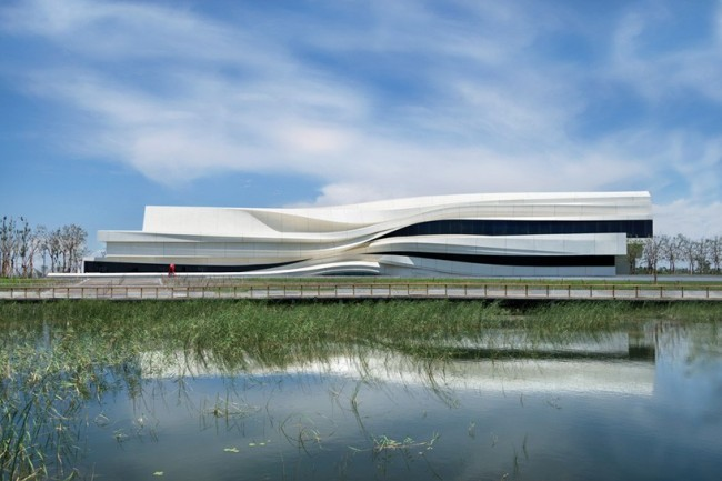 waa-we-architech-anonymous-museum-of-contemporary-art-MOCA-yinchuan-china-designboom-01-818x546
