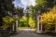 Фото 3 Кирпичный забор (65 фото): надежность, безопасность, эстетика